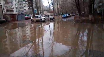 Астраханский микрорайон Третий Юго-Восток тонул в фекалиях