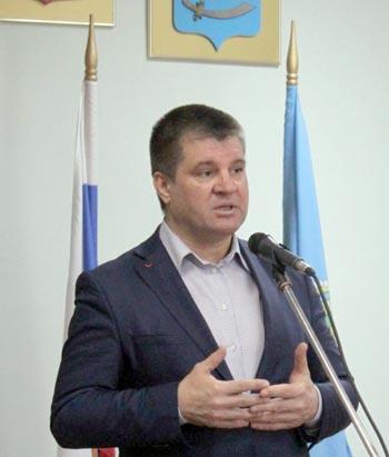 Астраханская прокуратура внесла главе Харабалинского района представление