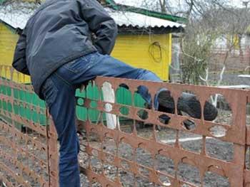 """Сельчанин """"обнес"""" сарай соседа, но не успел распорядиться добычей"""