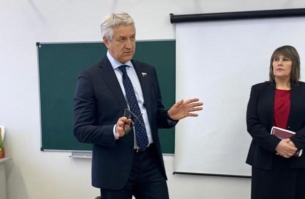Леонид Огуль: школьная медицина должна выйти на новый уровень