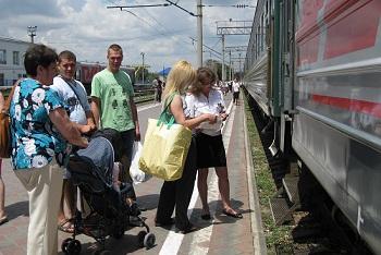 Сомнительное удовольствие: променять астраханский отдых на краснодарский. Но теперь туда едет поезд