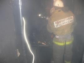Пока астраханцы отдыхают, пожарные тушат пожары