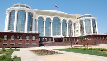 Астраханские судьи в отставке отправились на курорты за счёт налогоплательщиков