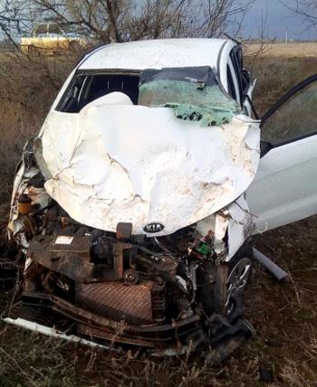 Под Астраханью насмерть разбился 30-летний водитель (ФОТО)