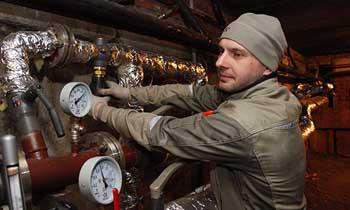 В Астрахани продолжается установка общедомовых приборов учёта в рамках исполнения закона