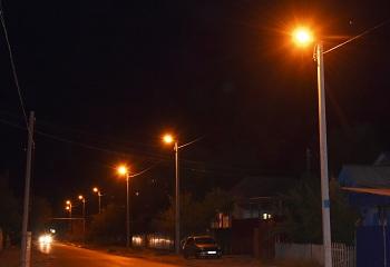 Такого ещё не было: на второй Астрахани зажигают фонари!