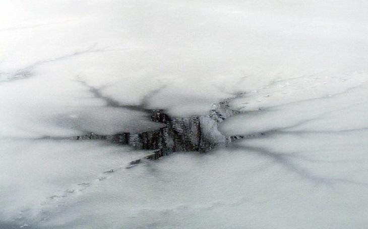 В Астрахани школьник провалился под лёд