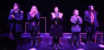 Молодые астраханские артисты театра «Периферия» поразили губернатора искренней игрой