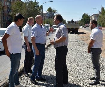 Стали известны сроки окончания ремонта улицы Яблочкова в Астрахани