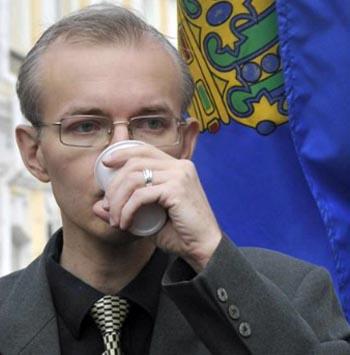 Шеин против Путина? Против кого будет ратовать астраханский оппозиционер весной-2018