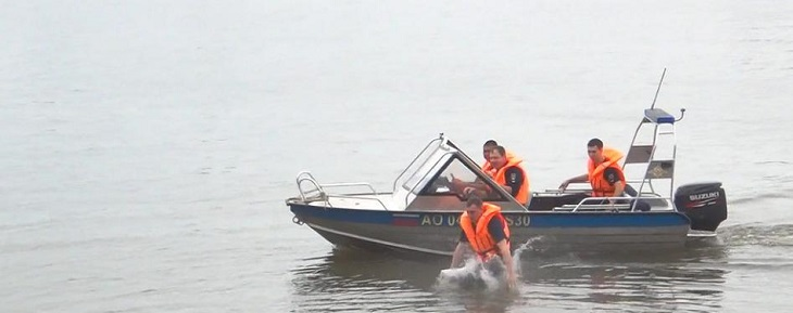 Астраханцев научат спасать утопающих