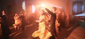 В Астрахани прошёл молодёжный бал в волшебном стиле