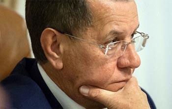 «Известия»: экс-губернатор Астраханской области Жилкин уйдёт в «Газпром» или «Лукойл»