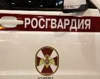 В Астрахани в перестрелке ранены трое сотрудников Росгвардии, убит один из нападавших