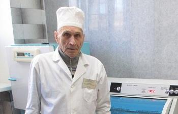 Хирург Владимир Якимов – 50 лет в профессии
