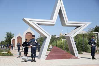 В Астрахани состоялся митинг, посвящённый 75-летию формирования 28-й Армии