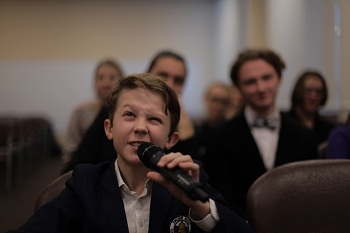 Астраханские школьники примут участие в международном телемосте конкурса «Живая классика»
