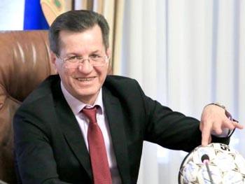 Губернатор Астраханской области Александр Жилкин поднялся в медиарейтинге-2017