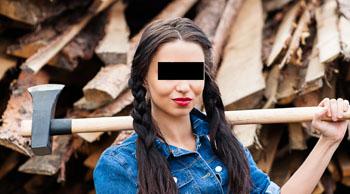 Чабанка едва не зарубила экс-любовника под Астраханью