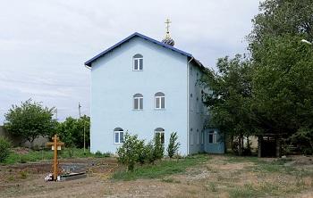 Нужен ли монаху телефон? Как скит под Астраханью осваивает инновации