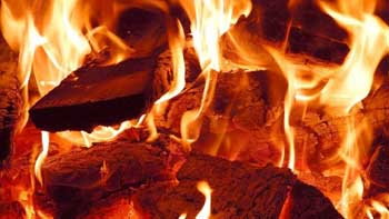 На Жана Жореса сгорела летняя кухня