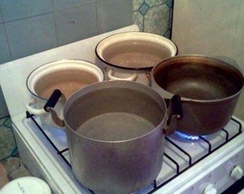 В Ленинском районе Астрахани отключили горячую воду