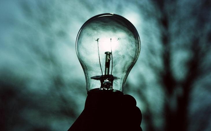 В Астрахани продолжают отключать свет по воскресеньям