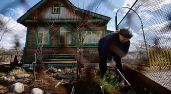 В Астрахань приедут юристы. Следом пройдёт инвентаризация дачных и садовых земель