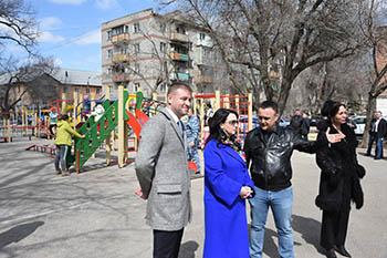 На окраине Астрахани открыли новый детский городок