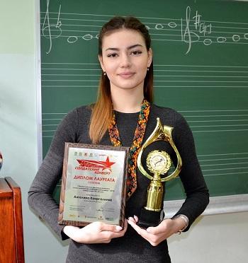 Студентка музыкального колледжа Астрахани спела на первое место