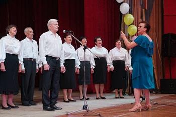 В Астрахани прошёл региональный поединок хоров школ третьего возраста