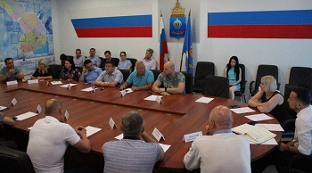 В облминспорте общественники обсудили судьбу «Волгаря»