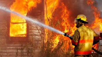 Видео воскресного пожара в Трусовском районе Астрахани