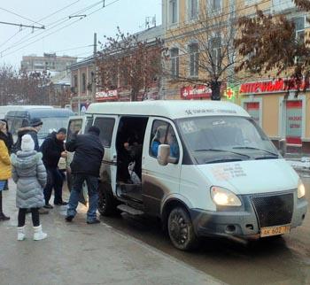 Пассажир пришёл на помощь водителю маршрутки в центре Астрахани