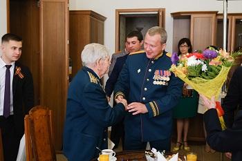 В канун Дня Победы Сергей Морозов встретился с ветеранами ВОВ