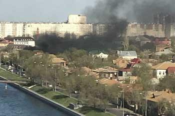 Еще один пожар на Набережной 1 Мая. (ВИДЕО)