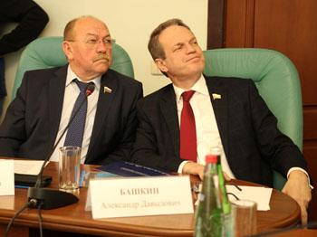 Доходы и имущество сенаторов от Астраханской области за 2018 год