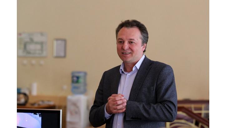 Астраханцы поздравляют Сергея Тараскина с днём рождения