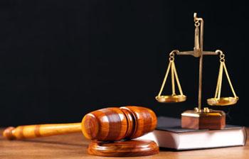 Экс-директор автобазы администрации города Астрахани пошёл под суд