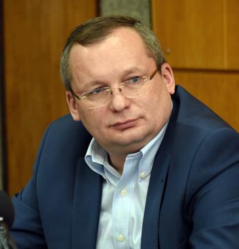 Спикер думы Астраханской области Мартынов обошёл многих своих коллег