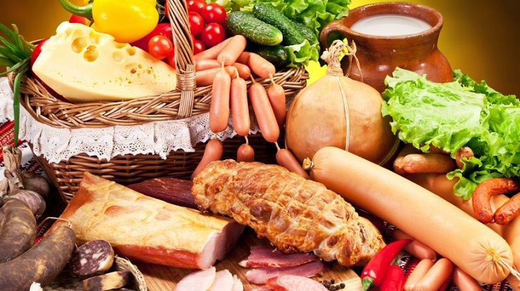 Астраханский Роспотребнадзор проверил молоко, мясо, овощи и хлеб