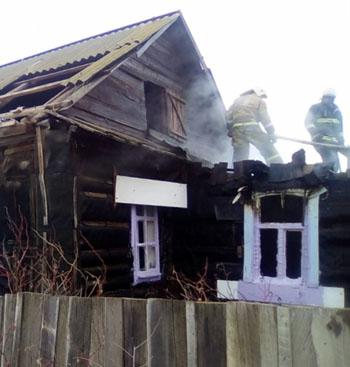 19 человек спасены на трех пожарах в Астраханской области
