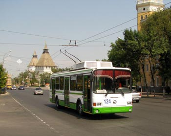 Астраханские общественники заявили о краже троллейбусной контактной сети