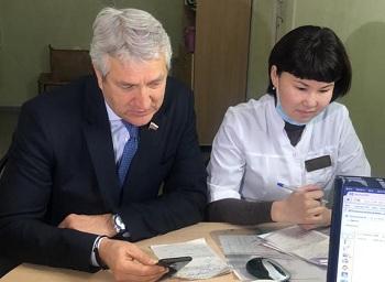 Пилотный проект медицинского патронажа пенсионеров запустят в Астраханской области