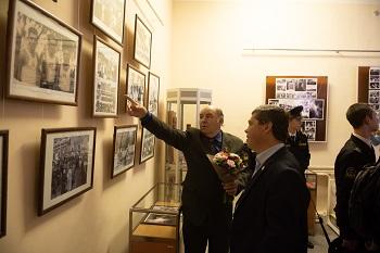 В областной библиотеке отметили 100-летие ВЛКСМ
