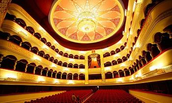 Праздник любви окутает Астраханский театр оперы и балета