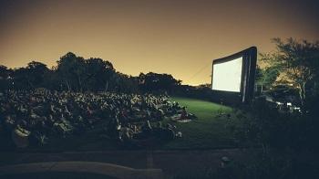 В Астрахани покажут кино под открытым небом