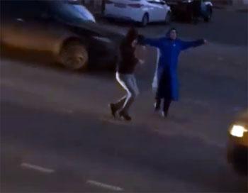В Астрахани оштрафовали за лезгинку в центре города