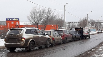 Пять машин одновременно столкнулись в Астрахани