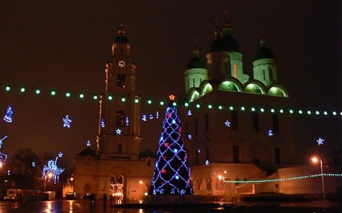 Астраханцев приглашают на новогодние и рождественские мероприятия